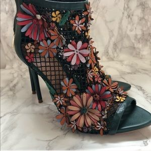 Zara Green Flower Floral Mesh Heels Booties 37/7